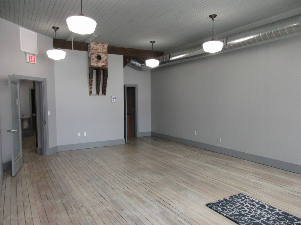 main floor of White Elephant